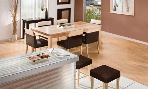 T880 Dining Table